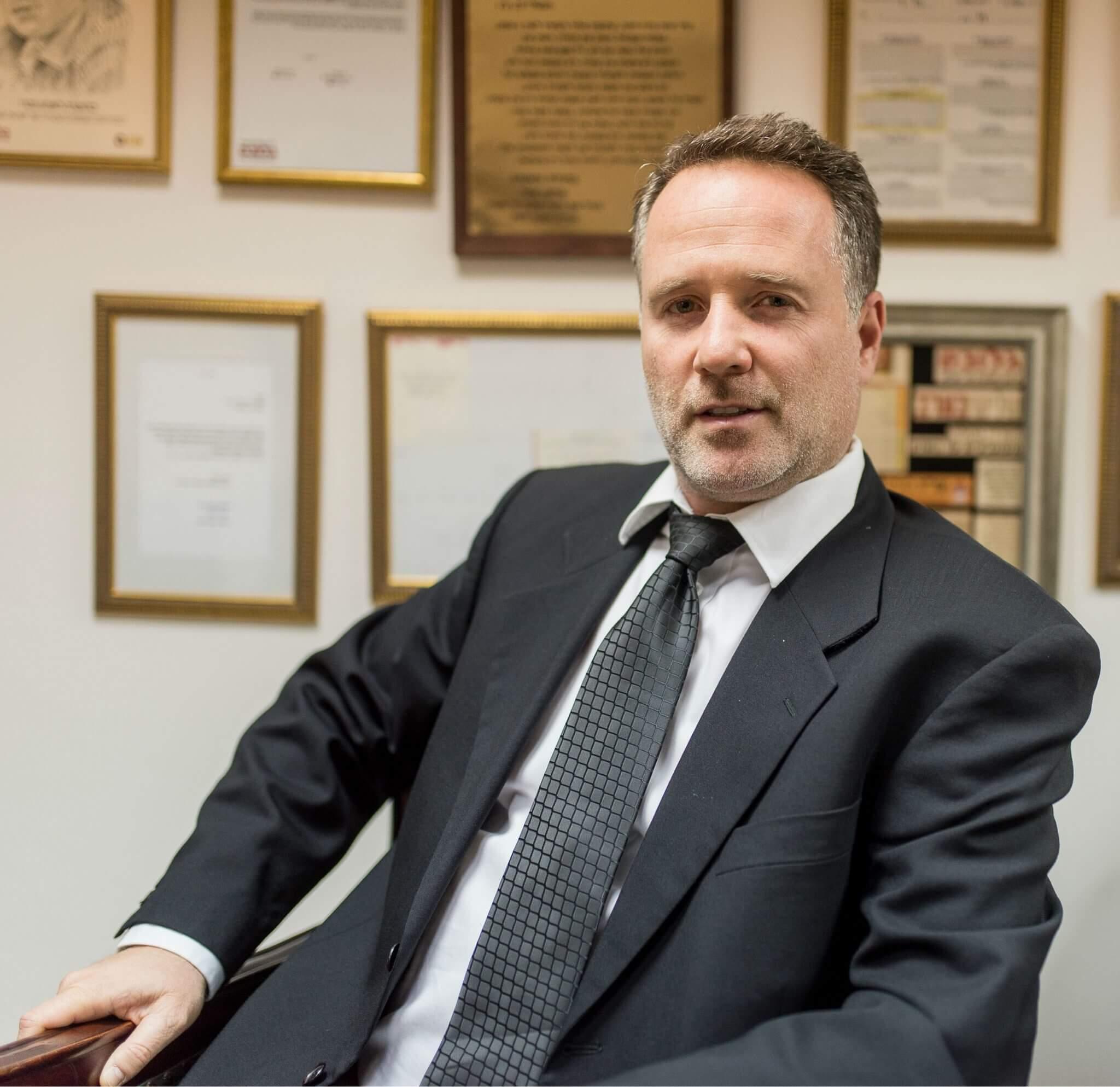 עורך דין פלילי שרון נהרי
